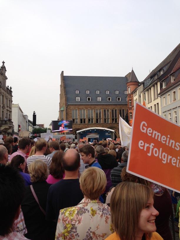 Angela Merkel auf dem Marktplatz in Minden